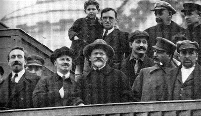 https://www.marxists.org/archive/murphy-jt/images/murphy_stalin.jpg