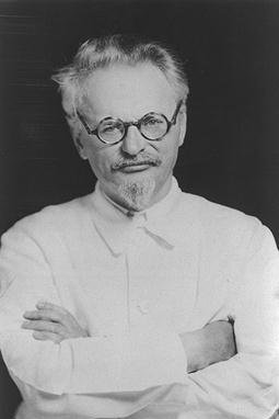 http://marxists.anu.edu.au/archive/trotsky/photo/It.jpg