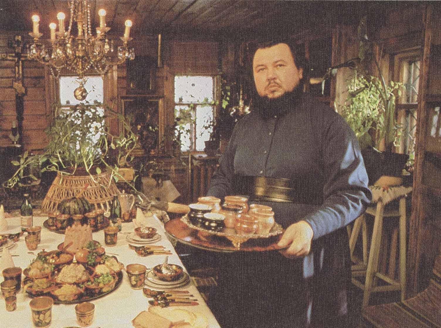 Religión en la URSS Wealthy-dinner